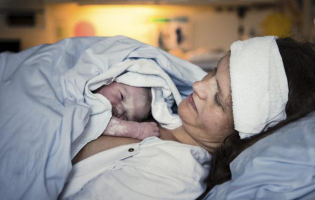 Synnytys aiheuttaa repeytymiä – näin hoidat haavat kuntoon