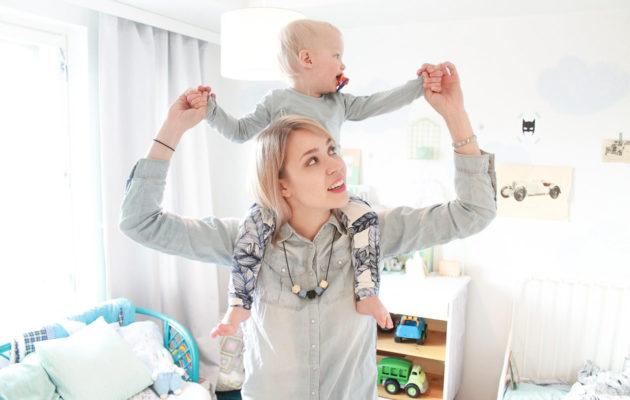 10 plussan äiti -bloggaaja Matu ihmettelee päiväkodin kehotusta jättää lasten merkkivaatteet kotiin.