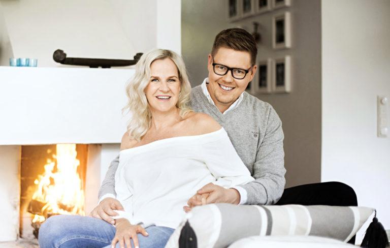 Anna Stormbom ja Antti Lindtman saivat odottaa iloisia vauvauutisia yli 10 vuotta.