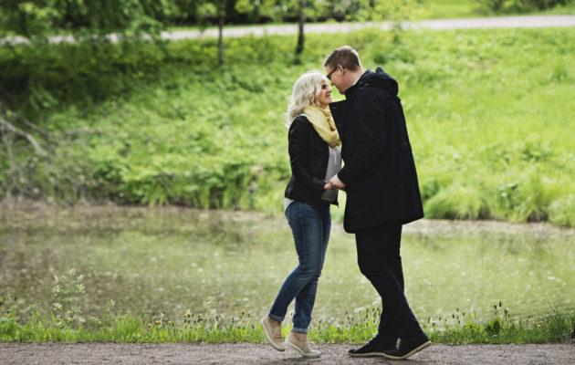 Anna Stormbom ja Antti Lindtman selvisivät yhdessä lapsen menettämisen aiheuttamasta syvästä surusta.