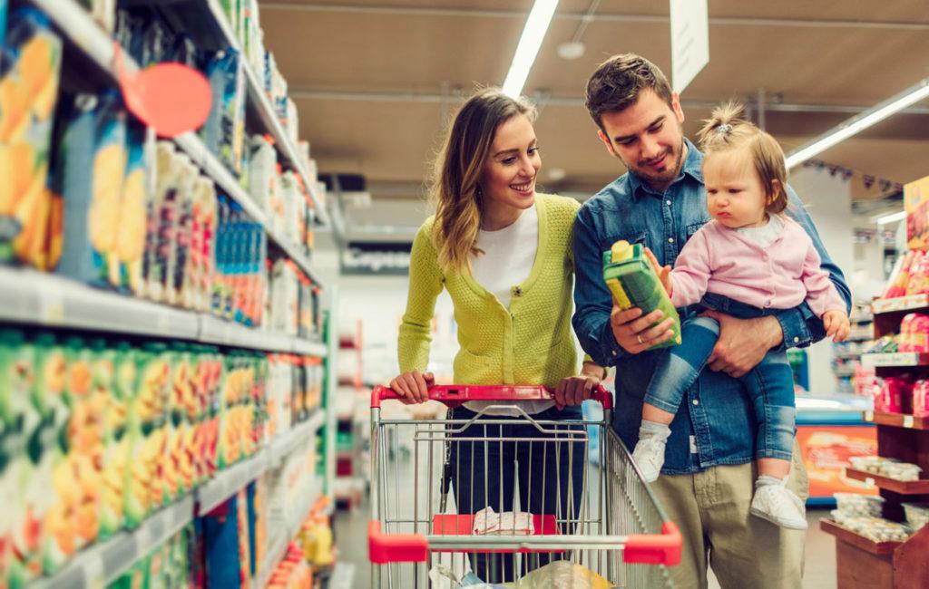 Suuri osa lapsiperheen tuloista uppoaa ruokakauppaan.