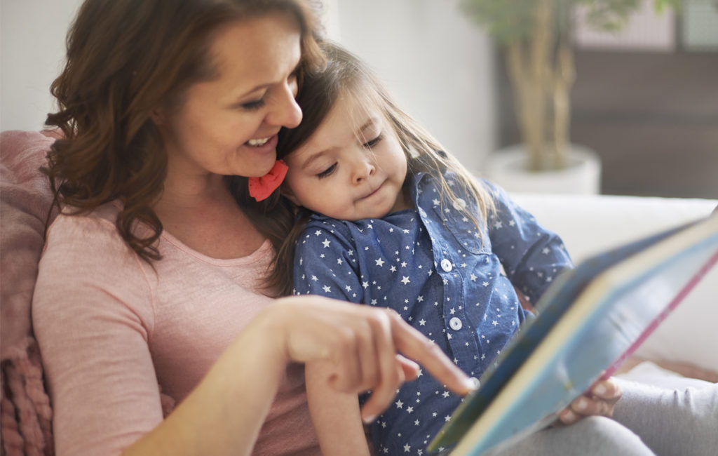 Miksi lapselle kannattaa lukea