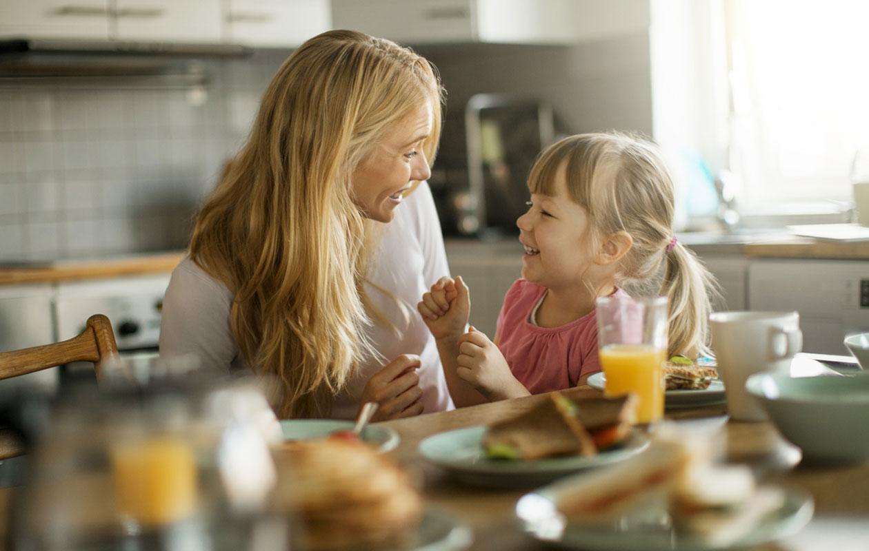 Yksinhuoltajuus voi olla raskasta, mutta se lähentää usein vanhempaa ja lasta.