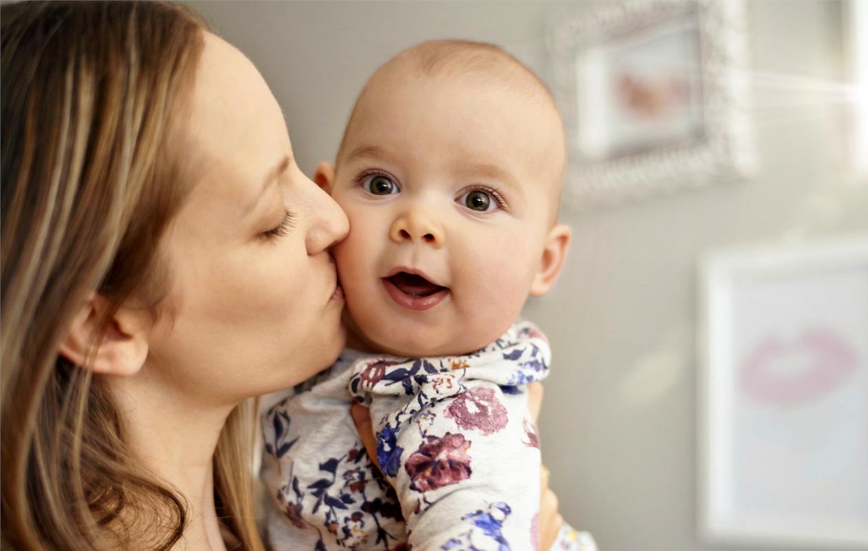 Äidinrakkaus on tunteista suurin.