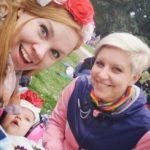 Tuuli, Leia ja Jenni osallistuivat koko perheen voimin Pride-kulkueeseen kesällä.