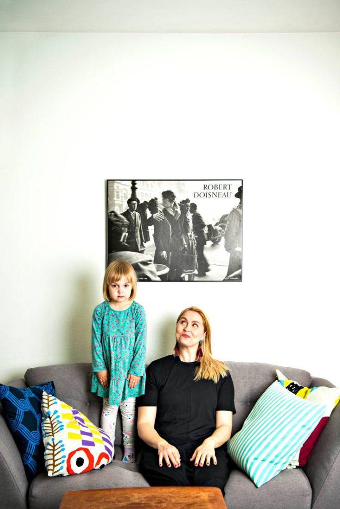 Essi Hellen ja hänen tyttärensä Siiri