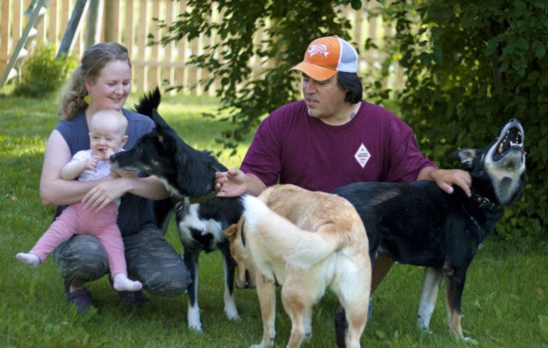 Sirua ja Markia on yhdistänyt alusta asti rakkaus luontoon ja eläimiin.