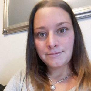 Kolmen lapsen yksinhuoltajaäiti Janette, 33, Helsinki