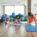 Sujuuhan se kuntoilu näinkin, mutta lapsiparkit takaavat vanhemmalle treenirauhan.