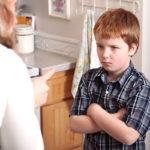 Voimakastahtoisen lapsen kanssa täytyy valita taistelunsa.