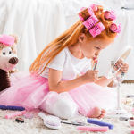 Sopivatko meikit lapsen iholle? Ainakin satunnaisesti käytettyinä kyllä.