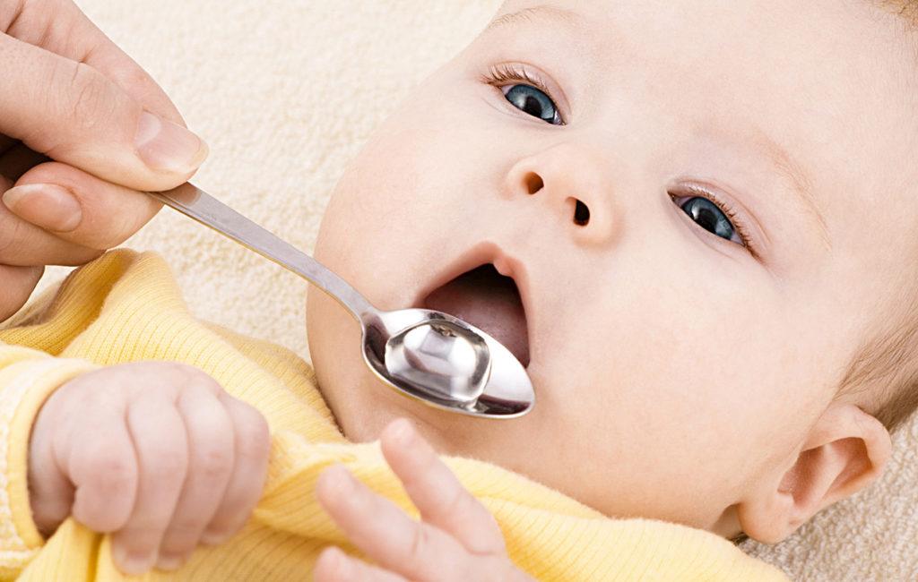 D-vitamiini lapselle: suositeltu annos riittää antamaan tarvittavat hyödyt.