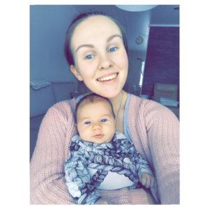Kahden pienen lapsen äiti Henna, 24 , Nokia