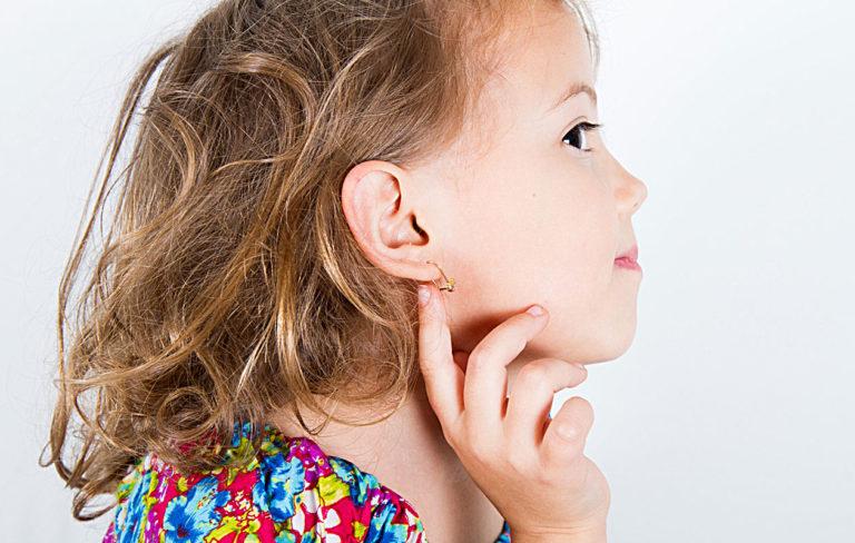 Korvakorut lapselle – kyllä vai ei? Tämän voi päättää myös kultasepänliikkeesi.