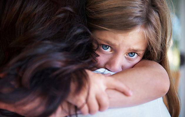 Lapsen tukeminen kriisissä vaatii avointa syliä.