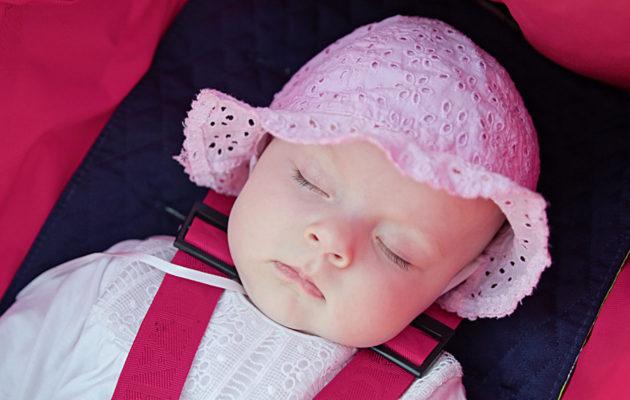Kysymys ihan pienen vauvan yövarustuksesta