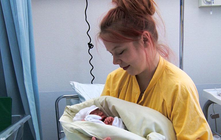 Toisenlaiset teiniäidit -sarjan aloitusjaksossa esiintyy Kärkölässä asuva Jenni, 24.