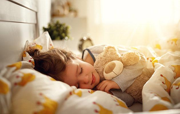 Vauvan syntymäaika voi vaikuttaa lapsen luonnolliseen rytmiin,