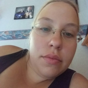 Kahden lapsen äiti Johanna, 29