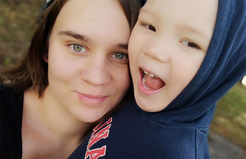 Äidin oma päivä -finalisti: Kahden lapsen äiti Jasmin