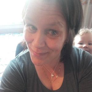 Viiden lapsen äiti Sanna, 43, Pori