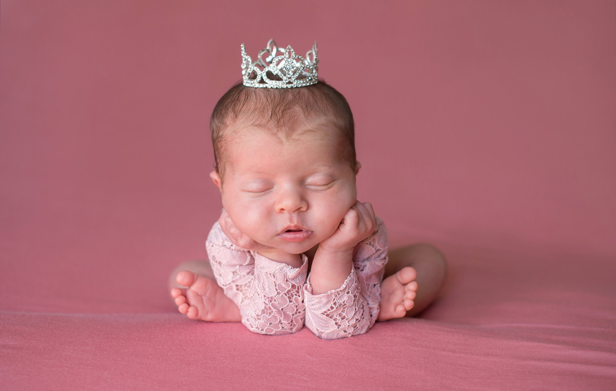 Kuninkaalliset nimet toistuvat vuosisadasta toiseen. Mikä olisi prinssi Harryn ja Meghan Marklen vauvan nimi, jos katsotaan kuningashuoneen nimihistoriaa?