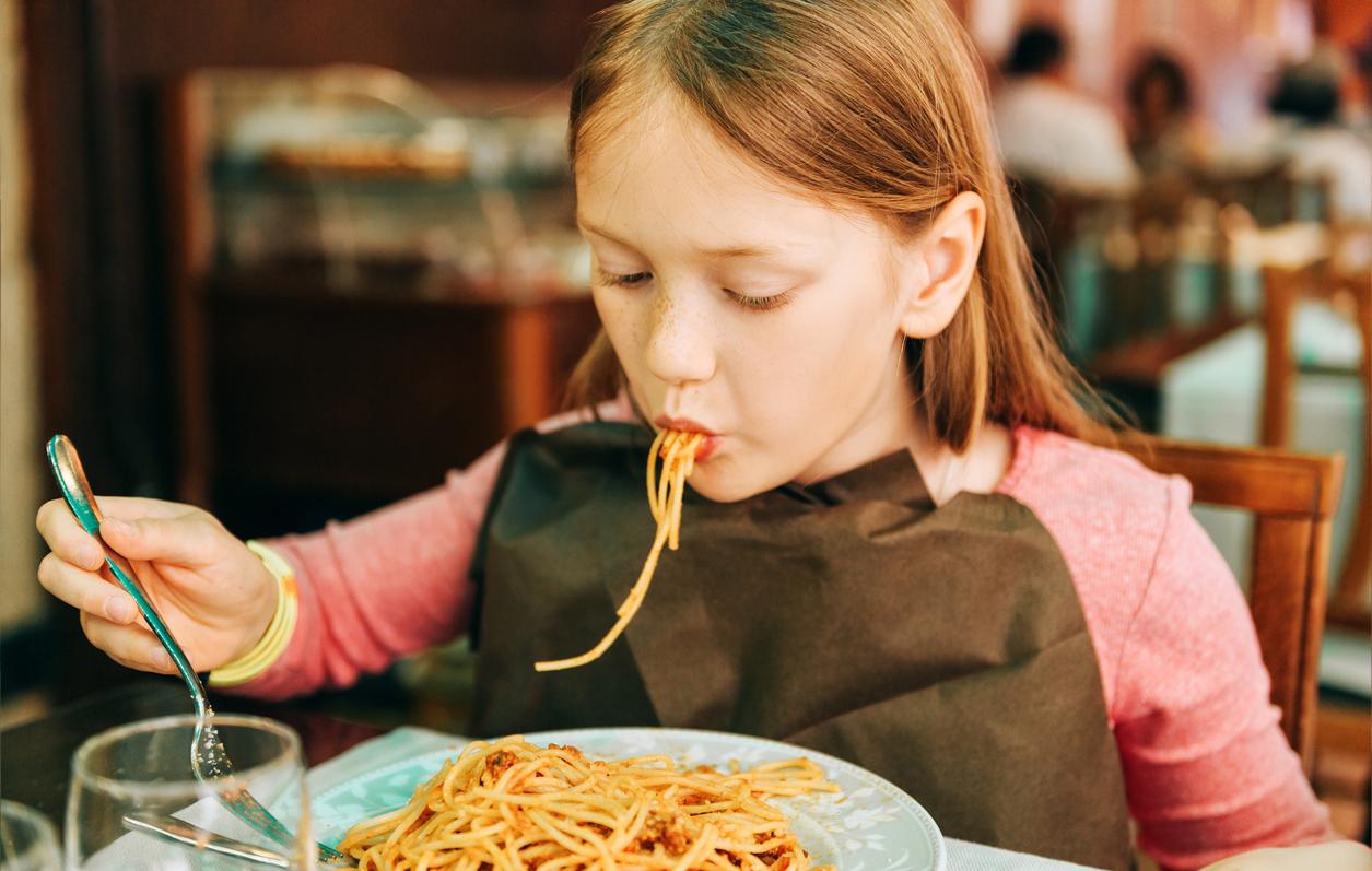 Kaksplus Lapsen ruokailu