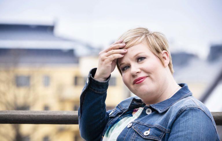 Annika Saarikko ministeriössä.