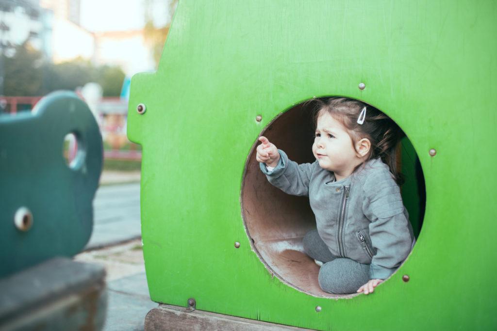 Lapsen raivarit ja negatiiviset tunteet saattavat turhaan aiheuttaa syyllisyyttä vanhemmissa.