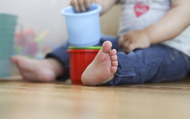 Monessa päiväkodissa on koronatilanteen vuoksi tavallista vähemmän lapsia.