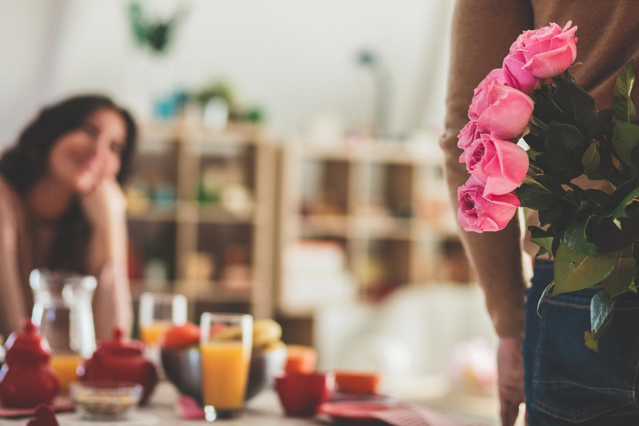 Lässyttävä rakkauden kieli voi auttaa myös painamaan harmittomia toilailuja villaisella.