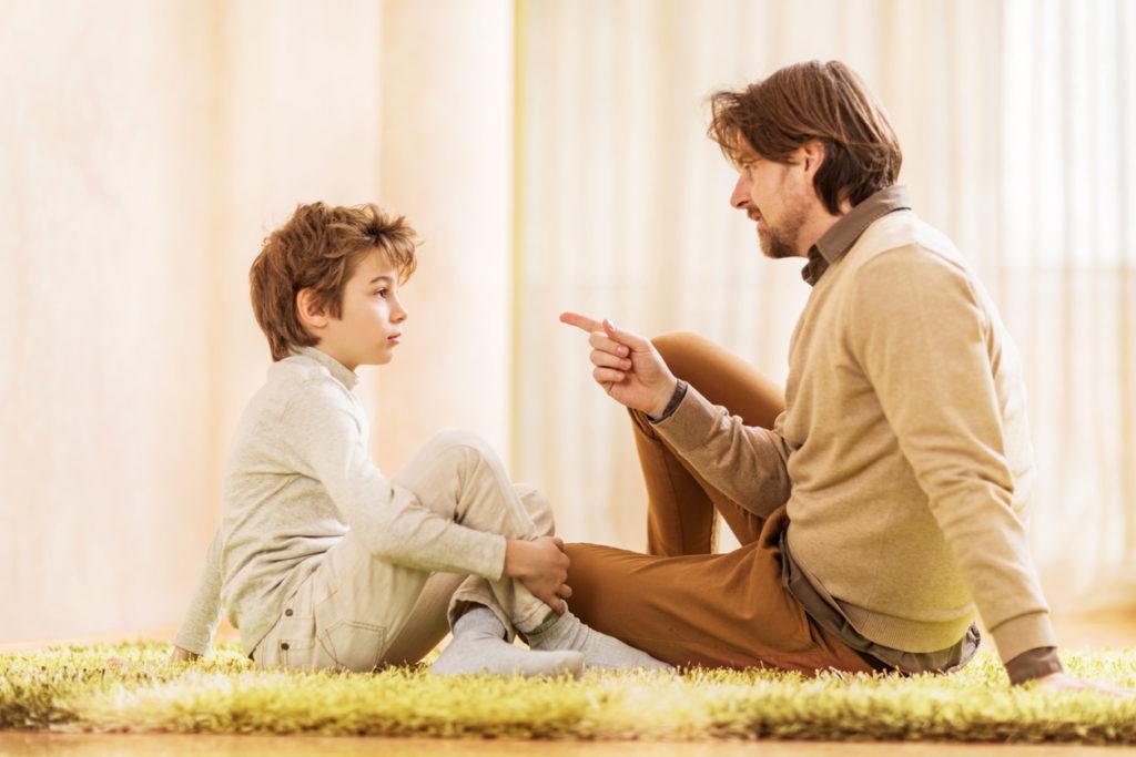 5-vuotias pohtii mielellään elämänkysymyksiä vanhemman avulla.