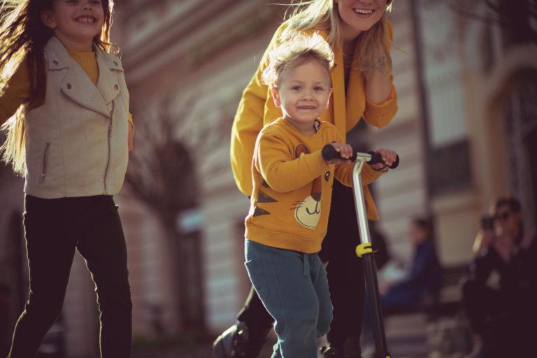 Lapsen persoonallisuus kehittyy eri ikävuosina omalla tavallaan.