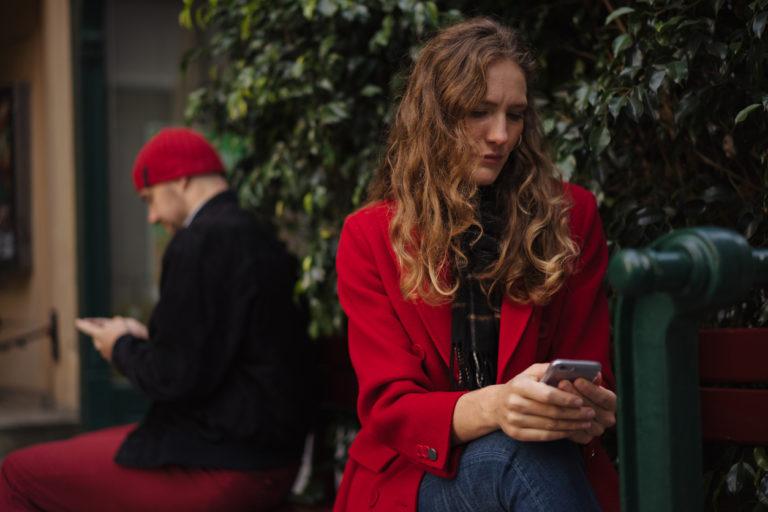 Halu erota nousee parisuhteen riitaisuudesta ja tylsyydestä sekä siitä kumpuavasta stressistä.