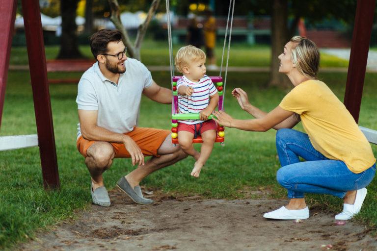 Onnellisuus rakentuu perheessä ilmapiiristä, me-hengestä ja myös rutiineista.
