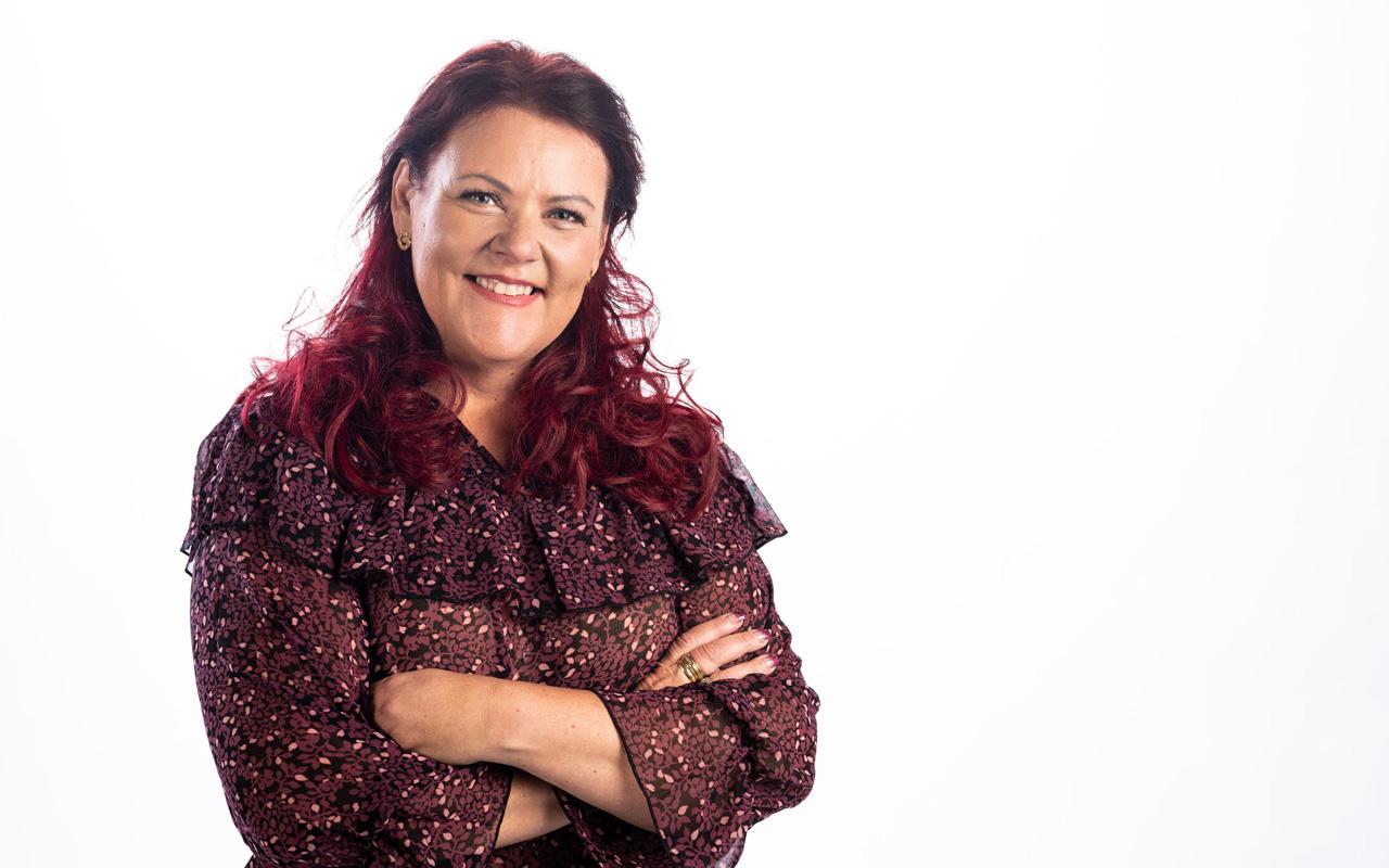 Suomen supernanny Pia Penttala on ammatiltaan lastensuojelutyöntekijä ja koulutukseltaan psykoterapian maisteri.