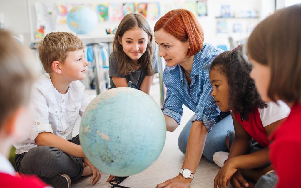 Syntymäkuukausi voi vaikuttaa siihen, miten lapsi pärjää koulussa.