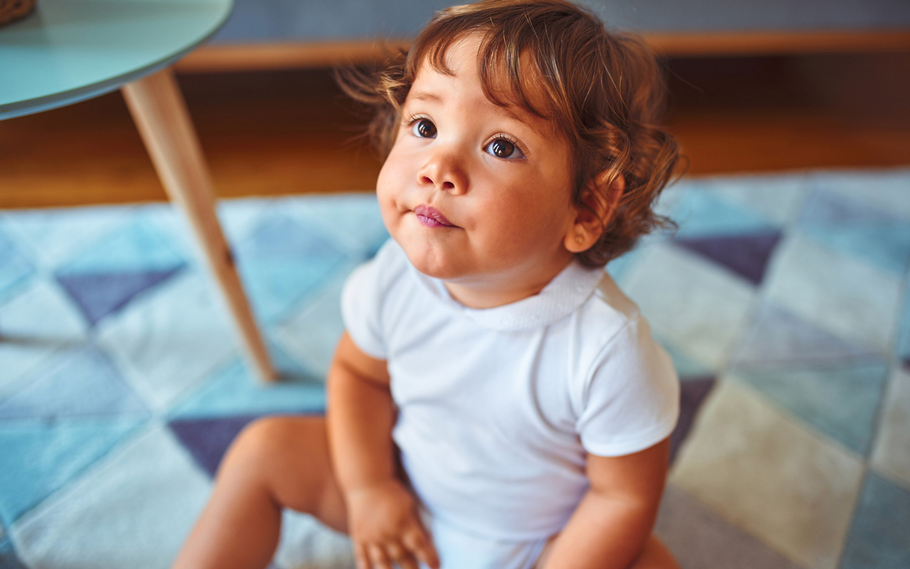 Taapero on 1–2-vuotias ja oppii jatkuvasti uutta.