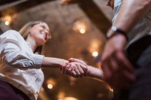 Avoliitto on monille perheellisille luontevin parisuhdestatus. Sen tueksi voi laatia avoliittosopimuksen.