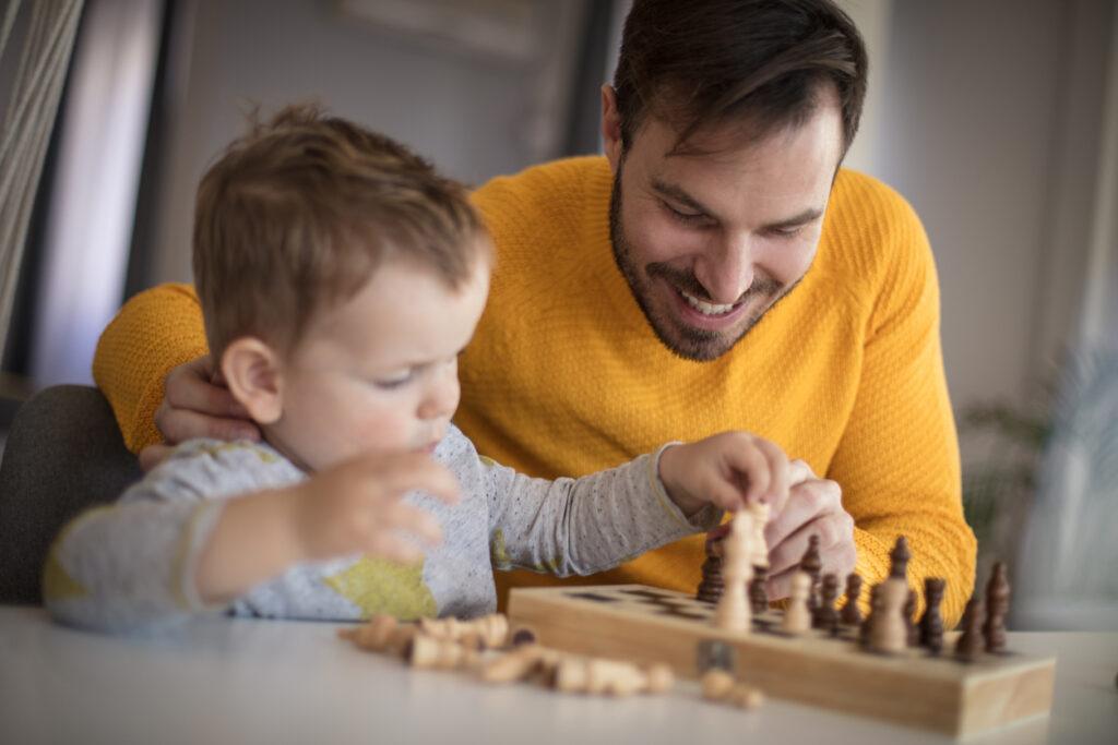 Pettymys on lahja. Jos lapsi ei koskaan häviä pelissä kotona, mitä tapahtuu kun ikätoveri vie voiton?